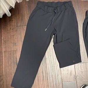 On the fly cropped pants